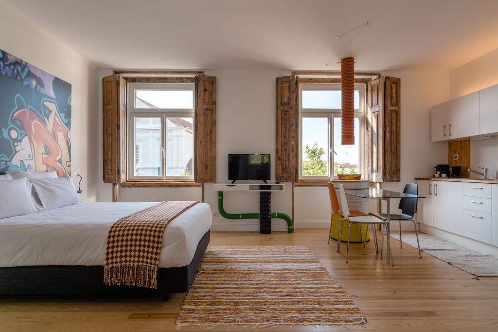 Апарт-отель Chiado Arty Flats в Лиссабоне