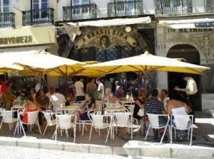 Кафе и отели в Лиссабоне