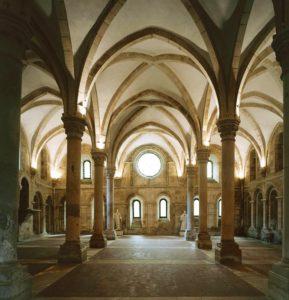 Церковь в Монастыре Алкубаса, Португалия