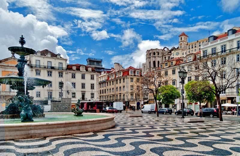 Лиссабон, площадь Россиу