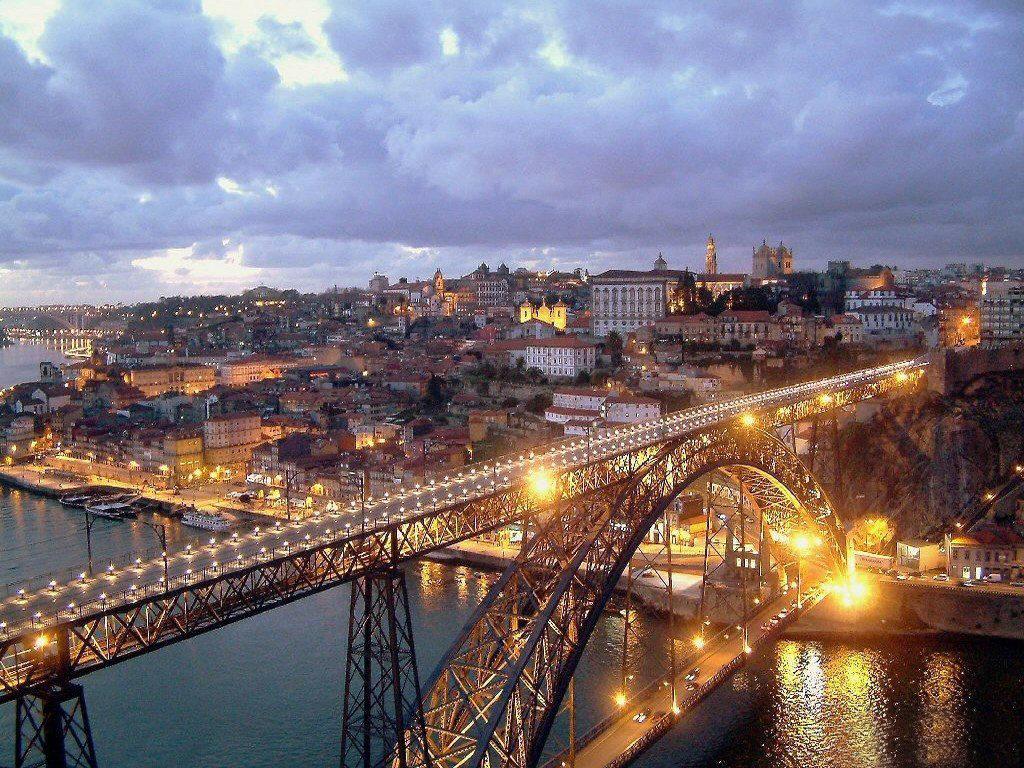 Мост Луиша I в Порту, Португалия
