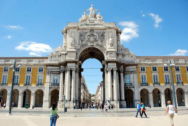 Экскурсия по Лиссабону на автомобиле