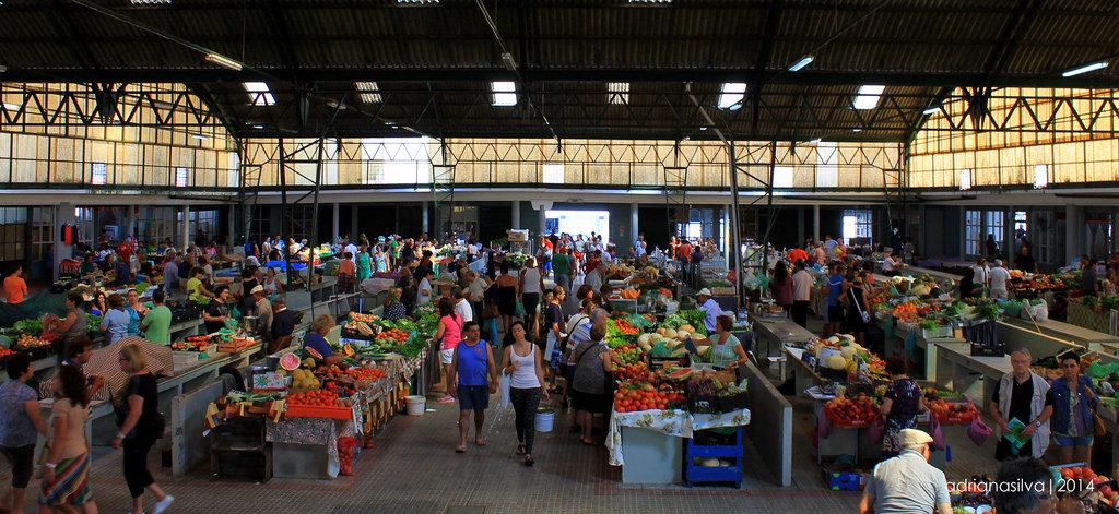 Португалия, город Назаре и его рынок