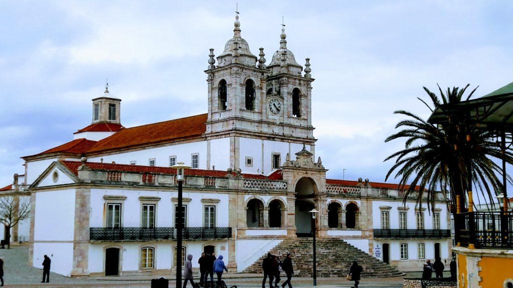 Церковь, где хранится образ Чёрной Мадонны из Назарета