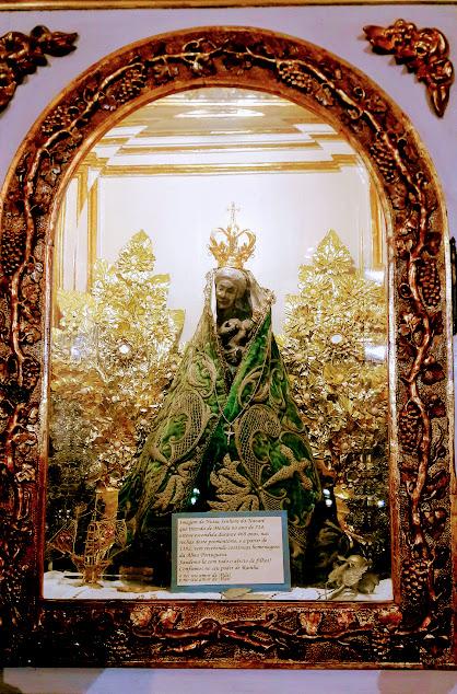 Легенды Португалии в городе Назаре