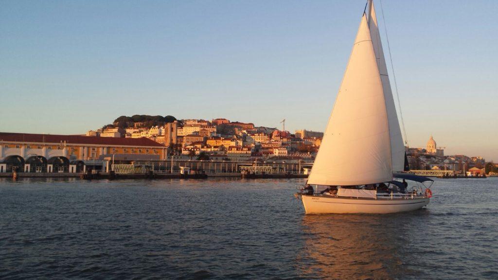 Португалия, проводы солнца на яхте