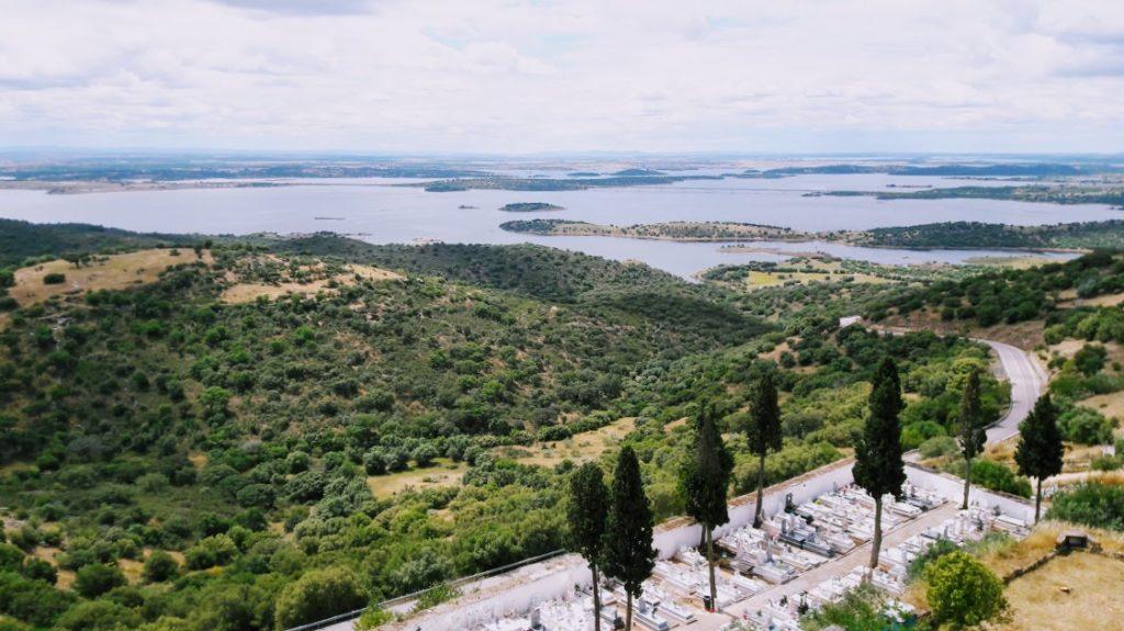 Монсараш - музей под открытым небом в Португалии