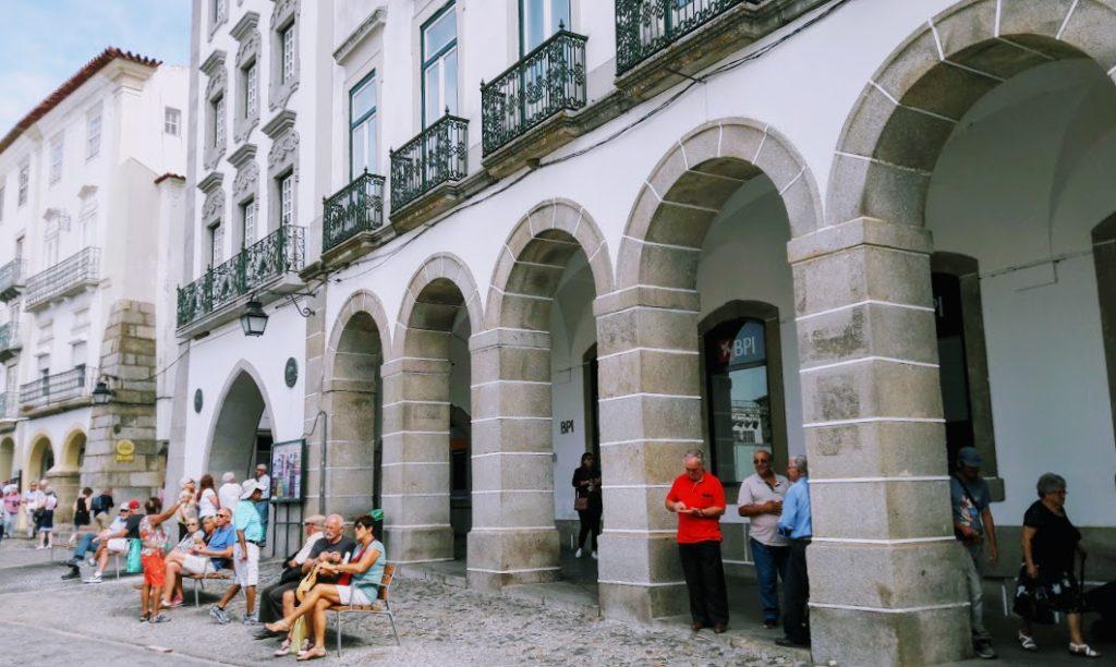 Экскурсии в Португалии. Город Эвора