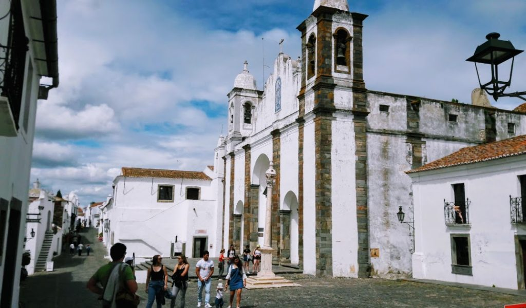Наши экскурсии из Лиссабона. Монсараш и Эвора